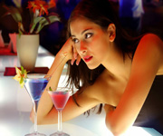 nightclub bars waiting service
